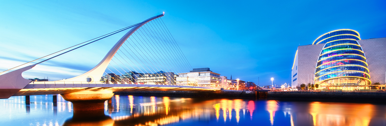 Blue-hour-on-the-River-Liffey-header-2